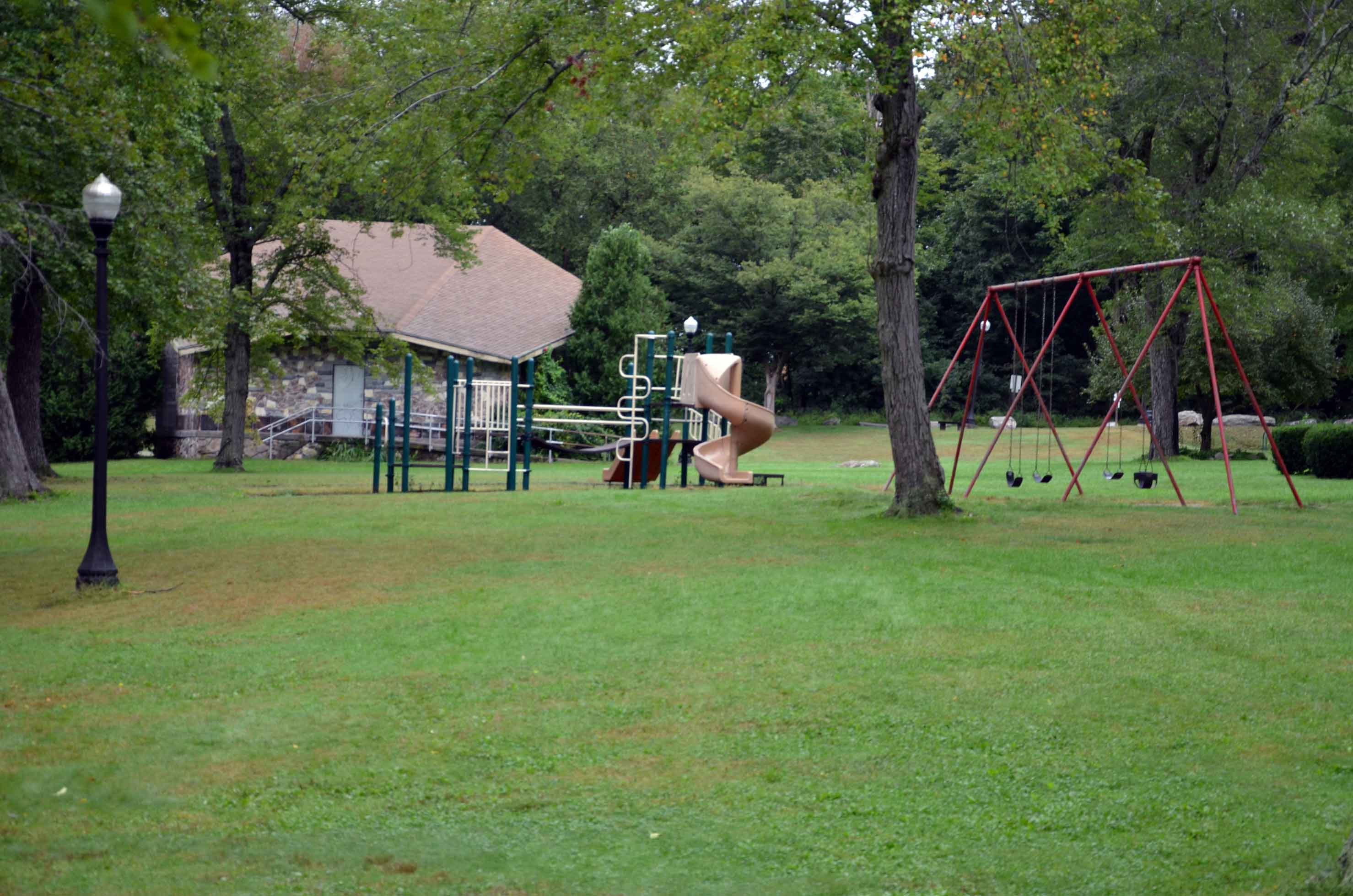 Close to the entrance of Meadowbrook is a lovely playground and park!